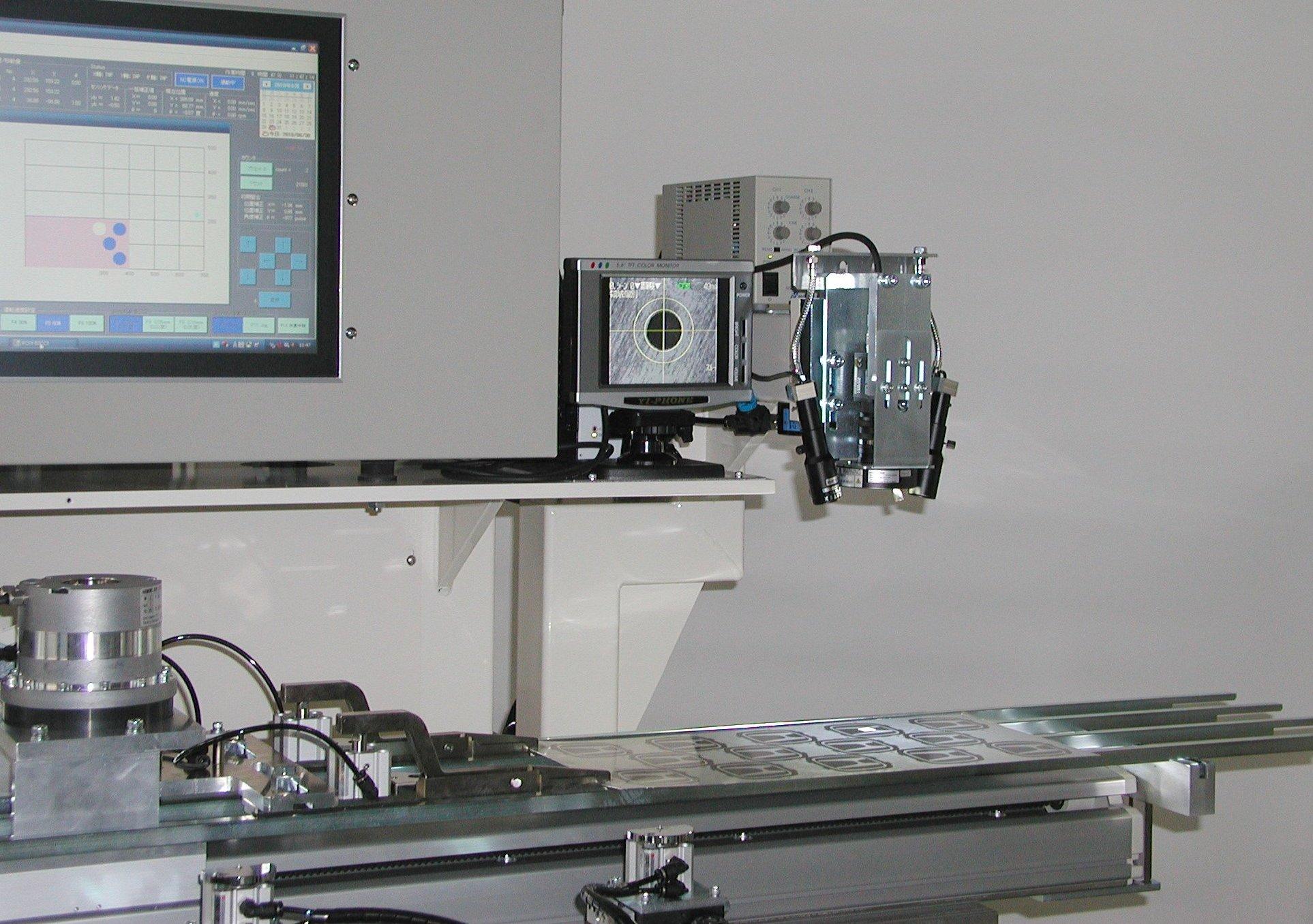 銘板ロボ PC制御半自動型